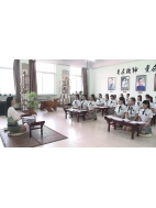 女子气质课堂教室